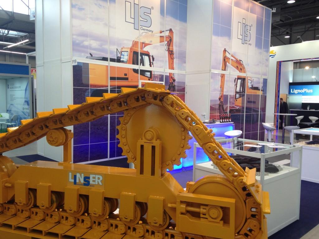 Linser Industrie Service wird auf der NordBau seine neuesten Produkte für Baumaschinen zeigen und die Besucher fachkundig beraten
