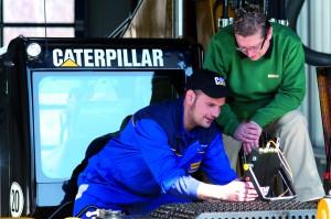 Vom Mechaniker zum Mechatroniker: Ausbildungsplan und Berufsbezeichnung wurden der technischen Entwicklung bei den Baumaschinen angepasst (Foto: Zeppelin)