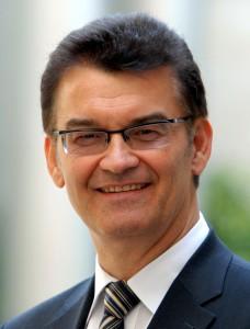 """Dr. Ronald Rast, der Koordinator der Aktion """"Impulse für den Wohnungsbau"""" (Foto: Pressestelle Wohnungsbau)"""