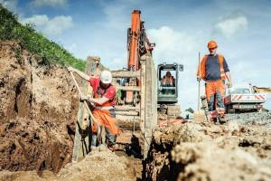 Kanalarbeiten auf der BAB 7 bei Seesen (Foto: STRABAG AG, Köln)