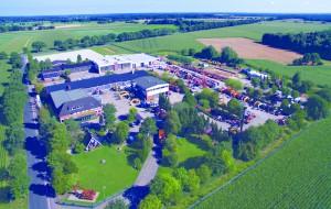 Bis heute ist daraus die von der Wehl Gruppe gewachsen. Das Betriebsgelände in Lauenbrück umfasst 63.000 m² (Foto). Die Firmen der Gruppe in Hamburg sind hinzuzurechnen (nicht im Bild)