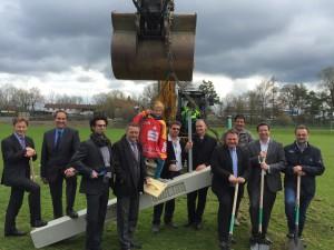 Erster Spatenstich für das neue Eisstadion Foto: Hitzler Ingenieure
