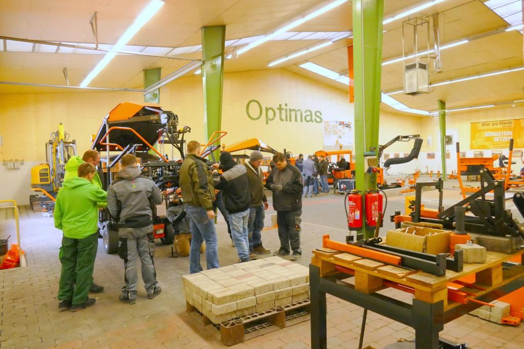 Bei Optimas in Ramsloh wird im eigenen Trainingszentrum mit einer großen Palette von Maschinen trainiert